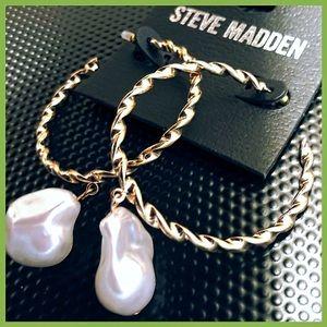 🏷 NEW Steve Madden Twisted Hoop Pearl Earrings